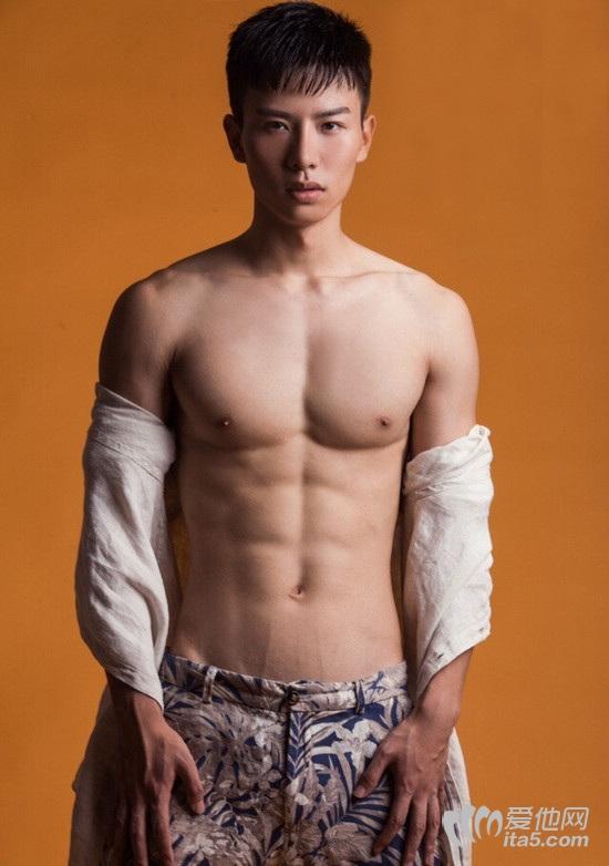 年轻帅哥 ed2k你更喜欢哪个 东方帅哥寻乐论坛