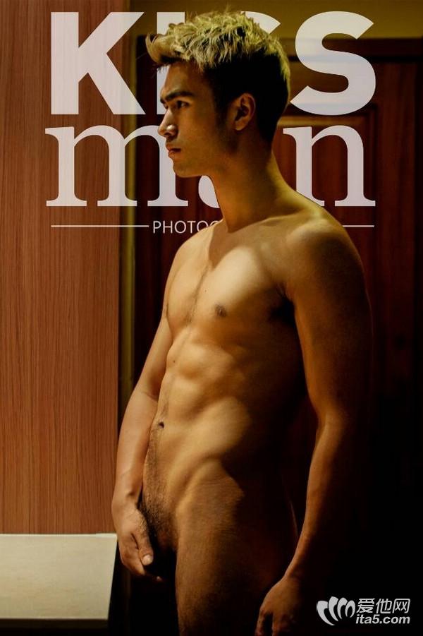 kissman性感男模图片-无遮挡性感帅哥图片网-gay图片-男人那东西图片