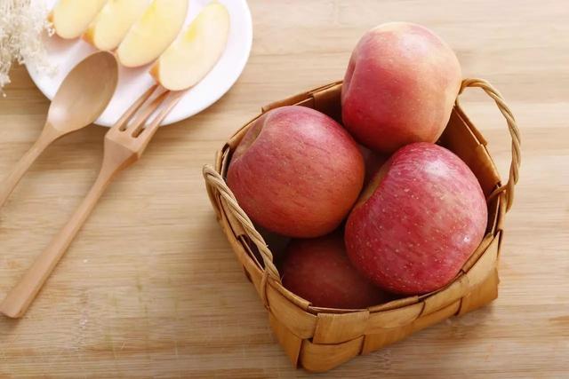"""1个苹果=1碗米饭!吃饭前必看的""""食物等式"""""""