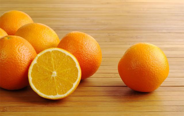 """天冷了,这些水果要""""趁热吃""""!中医推荐6种吃法"""