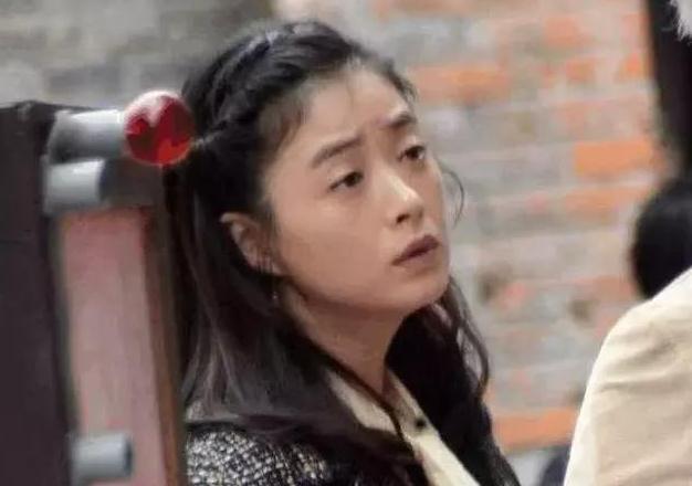 前胖后壮!蒋欣新剧路透照出来了,女演员究竟该不该控制体重?