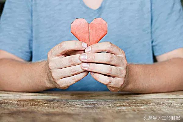 """实验告诉你:懂得""""感恩""""的人心脏好!长寿原来这么简单"""