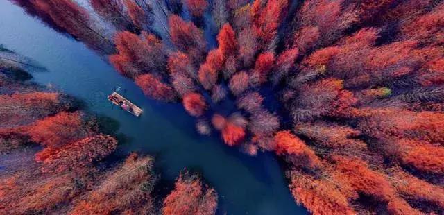 皖南新发现一处秘境,被称为水上喀纳斯,此时美得刚刚好!